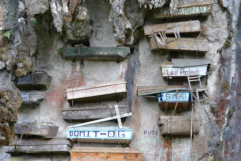 hangende kisten in Sagada