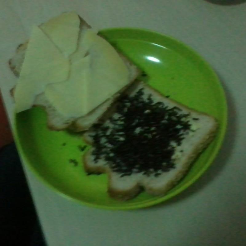 typisch nederlands ontbijt
