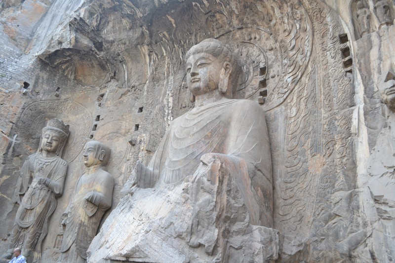 longmen grotten in luoyang
